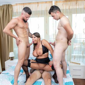 Big breasted MILF Sexy Susi is getting a foursome with three younger guys