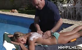 Jenny Smart tanning and some sunblock