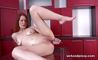 Ginger Mom Isabella Lui Big Black Dildo Fun