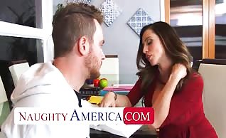 Ariella Ferrera gets her pussy filled by her student